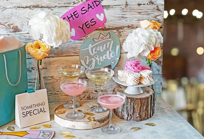 Amazing bridal shower decor ideas and bachelorette party destinations.